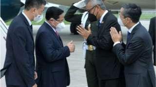 Thủ tướng Việt Nam Phạm Minh Chính (thứ hai, từ trái)
