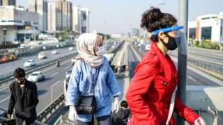 Türkiye'de günlük yeni vaka sayısı tekrar 1000'in üzerine çıktı
