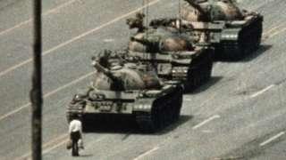 احتجاج کی علامت بننے والی تصویر