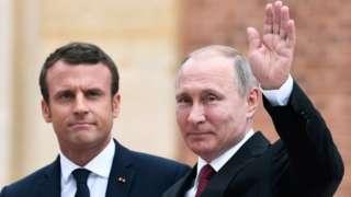 Vladimir Putin and Emmanuel Macron - 29 May