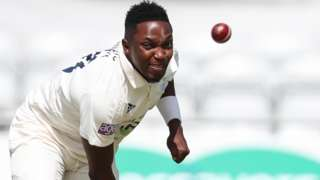 Fidel Edwards in action for Hampshire