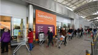 Sainsbury's shoppers line up