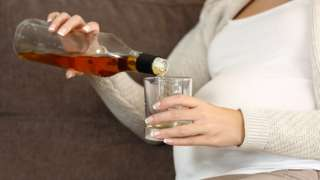 Pregnant women with alcohol