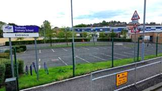 Todholm primary in Paisley