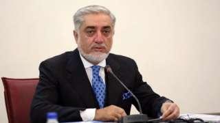 آقای عبدالله برکناری  آقای اندرابی را غیرقابل قبول خوانده است