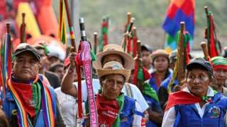 Indigenous guards attend a meeting in the municipality of Toribio on October 11, 2019