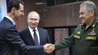 Suriye Devlet Başkanı Beşar Esad, Rusya Devlet Başkanı Vladimir Putin ve Rusya Savunma Bakanı Sergey Şoygu