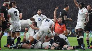 England celebrate scoring their second try