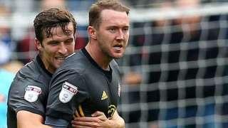 Aiden McGeady (right)