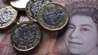 Türk Lirası, gelişmiş ülkelerin para birimlerine karşı değer kaybetmeye devam ediyor. Bu duruma paralel olarak İngiltere'nin para birimi pound, 10 TL oldu.