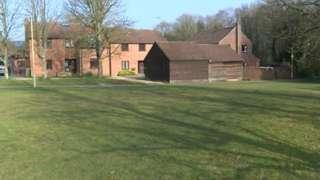 Broadhurst Grove