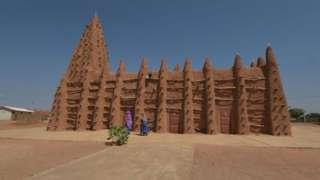Masjid di Kong, Pantai Gading utara