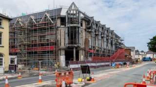 Construction of Tesco and M&S stores in Aberystwyth