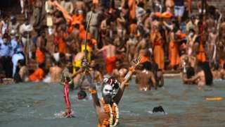 مهرجان كومبه ميلا الديني