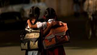 Estudantes em Pondichery, Índia, em 6 de fevereiro de 2008.