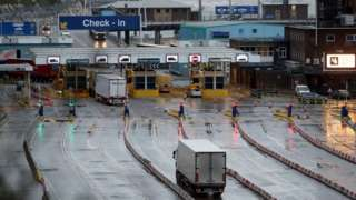 Lorries travel through border check-in