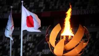 東京奧林匹克體育場(新國立競技場)內的奧運聖火(23/7/2021)