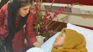 Shuhra talking to her injured mum Fawzia Koofi'