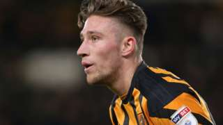Angus MacDonald in action for Hull