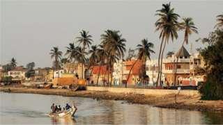 Les habitants de la ville sénégalaise de Saint-Louis, classée patrimoine mondial de l'Unesco, sont particulièrement connus pour leur culture de la teraanga.