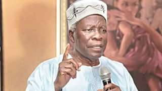 Yoruba Nation: Fi pánpẹ́ ọba mú Akintoye kí ó ríran wò, àwọn ẹgbẹ ajijagbara Yoruba si ààrẹ Buhari