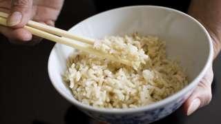 지속된 공급난으로 쌀은 값비싼 품목이 됐다