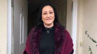 Single mum receives food donation