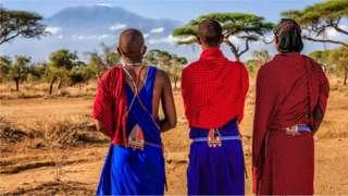 Dhulka ay ku noolyihiin qowmiyada Masaai