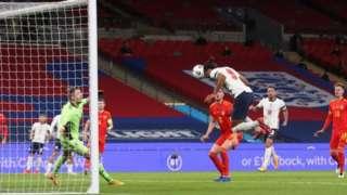 إنجلترا استعدت لمباراة بلجيكا يوم الأحد بالفوز على ويلز بثلاثة أهداف