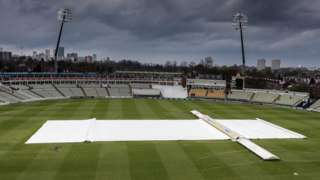 Warwickshire suffered their first washed-out day's play of the Championship season