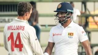 Zimbabwe captain Sean Williams and Sri Lanka skipper Dimuth Karunaratne