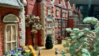 The front of the knitted Sandringham House
