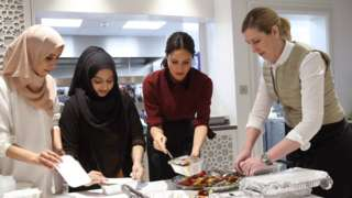 Clare Smyth and Meghan Markle at Grenfell kitchen