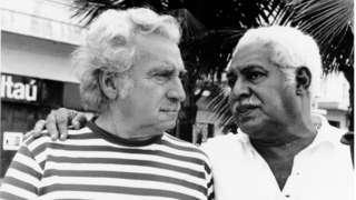 Jorge Amado e Dorival Caymmi no Rio de Janeiro em 1977