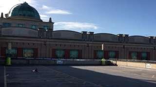 Trafford Centre cordon