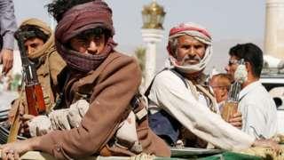 الحوثيون يشعرون أنهم في موقف أقوى بعد وقف الدعم الأمريكي لقوات التحالف
