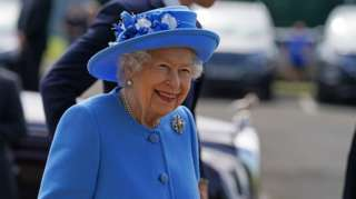 The Queen at the AG Barr factory
