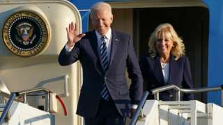 President Biden and his wife exit Air Force One in Suffolk, June 2021