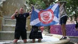 Scotland fans in fountain