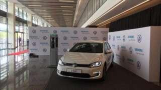 Rwanda ikishirikiana Kampuni ya Volkswagen na Siemens imezindua magari ya kwanza ya umeme