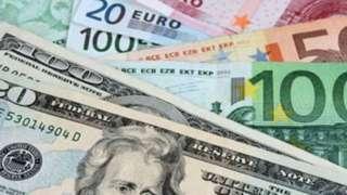 Euro ve dolar banknotları