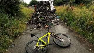 Garbage mountain on Fallowfield Loop