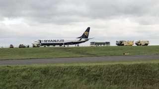 East Midlands Airport M1 Ryanair