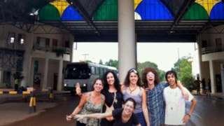 Artur e grupo de amigos brasileiros embarcaram para o Peru no fim de setembro de 2012; ele optou por permanecer, após os outros turistas retornarem