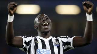 Mohamed Diame celebrates Newcastle's win