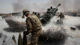 Army soldiers from di 2nd Platoon, B battery 2-8 field artillery - 2011