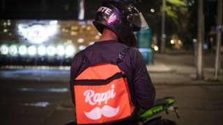 Entregador da Rappi na Colombia