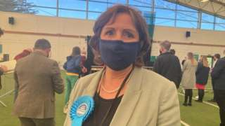 Janet Finch Saunders at the count