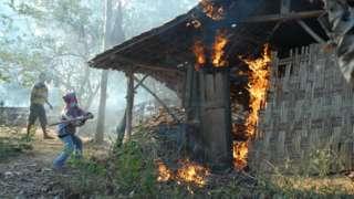 Peristiwa penyerangan dan pembakaran rumah pengikut Syiah di Sampang, Madura delapan tahun lalu.