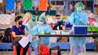 Thái Lan: Sáu người bị 'giống đột quỵ' sau khi tiêm vaccine Covid của TQ